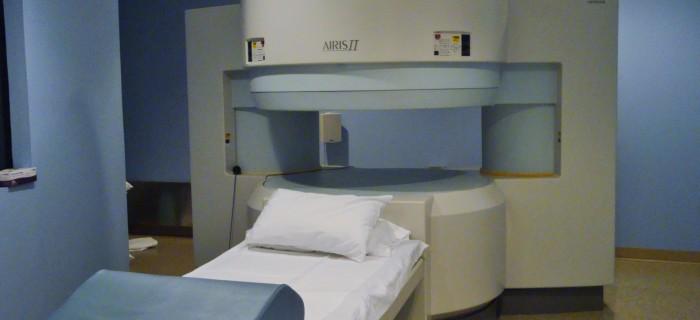 MRI Scanner close
